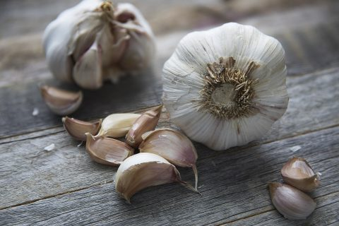 Spécial Covid-19 : Manger de l'ail peut-il aider à prévenir l'infection par le nouveau coronavirus ?